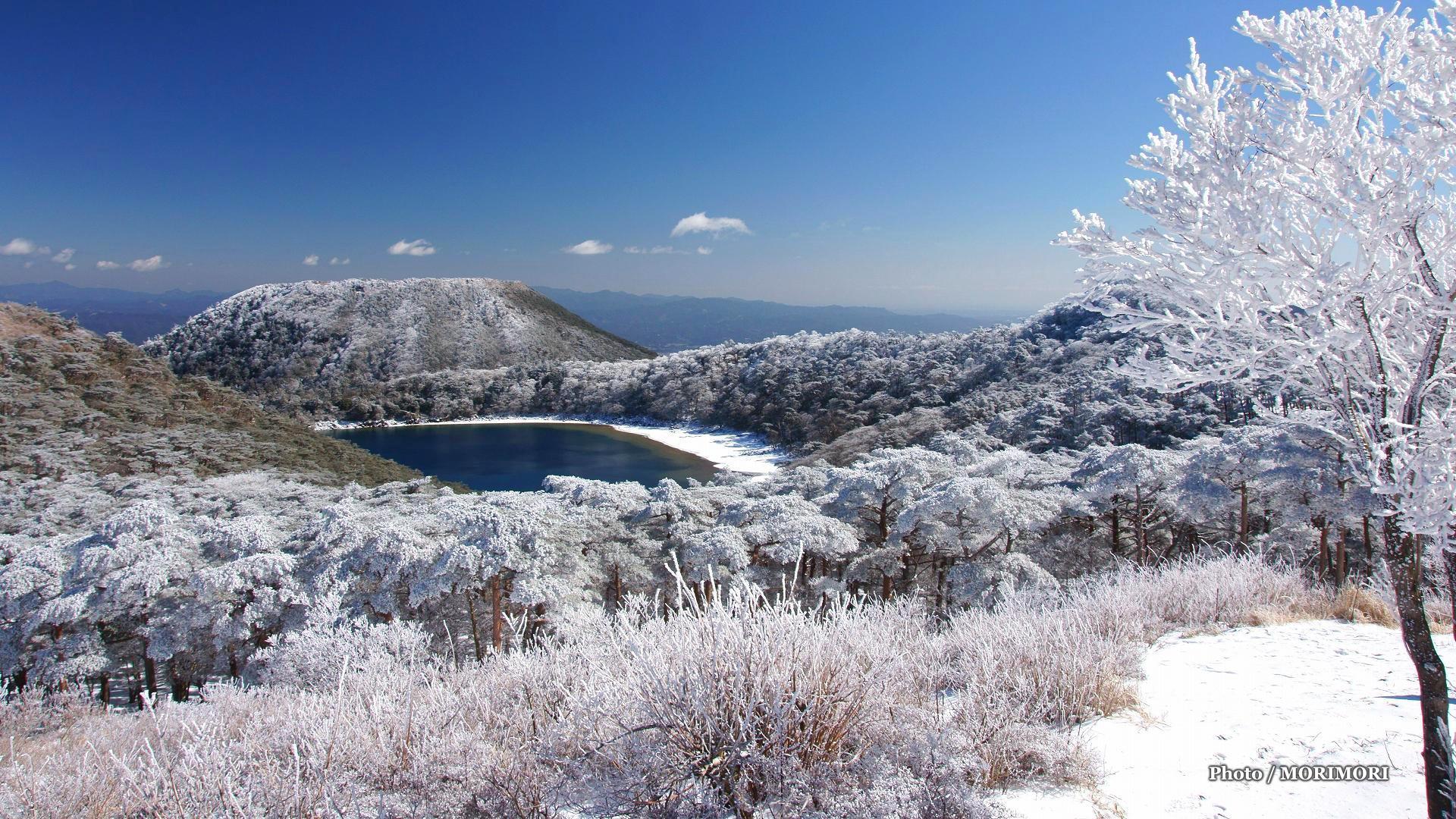 0aa87bb89a 積雪した風景 池巡りコース 二湖パノラマ展望台より