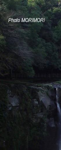 関の尾の滝1